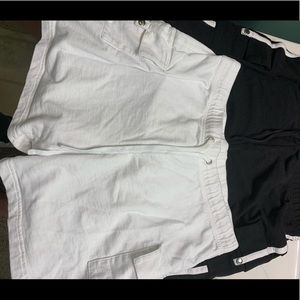 🎉🎉🎉THREE 🎉🎉🎉pair ladies shorts size M